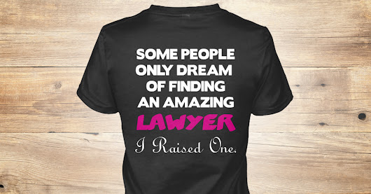 LAWYER'S MOM LIMITED EDITION. | Teespring