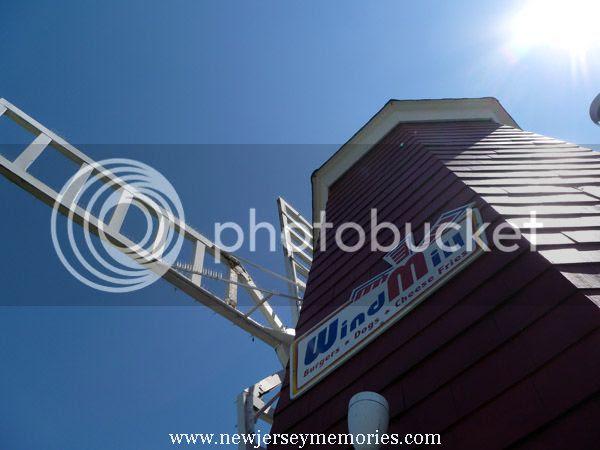 photo WindmillHotDogs3_zps79ecd862.jpg