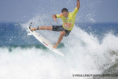 Asier Muniain - pro surf zarautz
