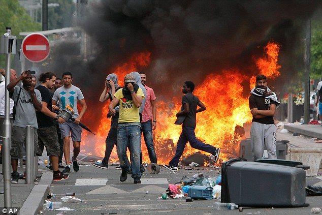 photo riots_sarcelles_zps66693734.jpg