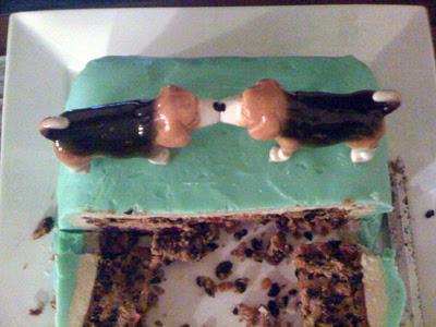 beagle cake