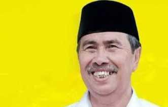 Andi Rahman Sudah    Mantap, Eeeh!! Syamsuar Masih Cari Dukungan Menuju Pilgubri 2018