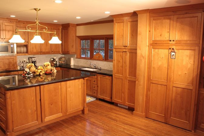 pine kitchen cabinets images19 1