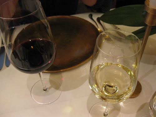 vau red wine and white wine
