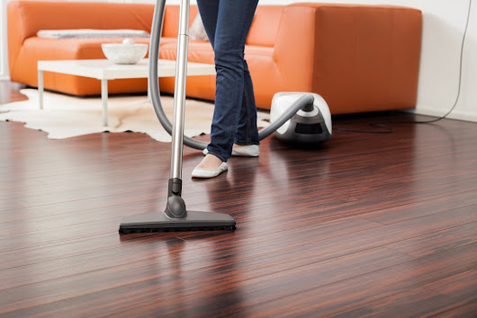 How to maintain and clean hardwood floors | HireRush Blog