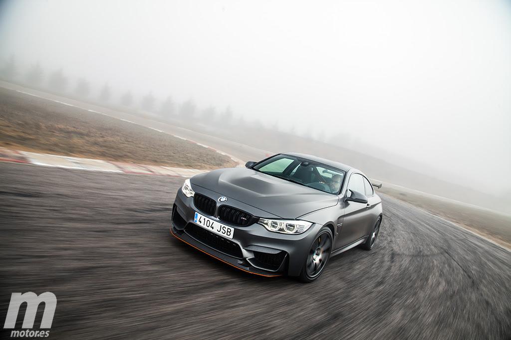 BMW-M4-GTS-F82-motor-es-07
