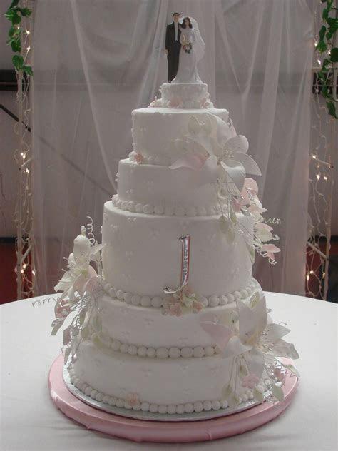 Stargazer Lily Wedding Cake   CakeCentral.com