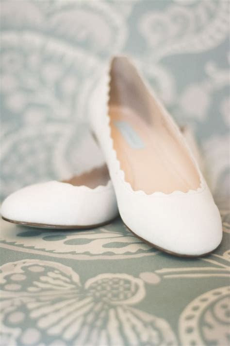 25  Comfortable Wedding Flats for Brides   Deer Pearl Flowers