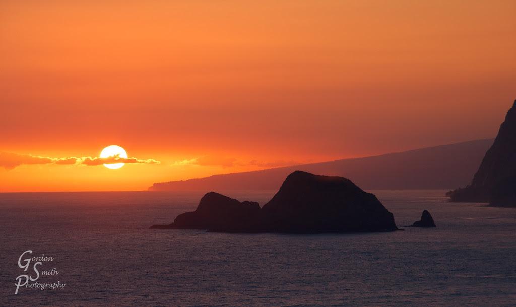 pololu valley overlook sunrise hawaii