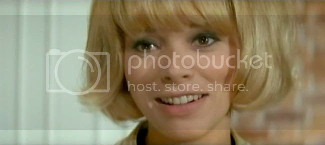 photo mireille_darc_blonde_pekin-5.jpg