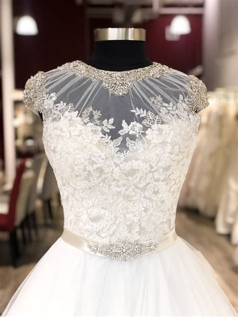 GARNET   grace discount designer wedding dresses