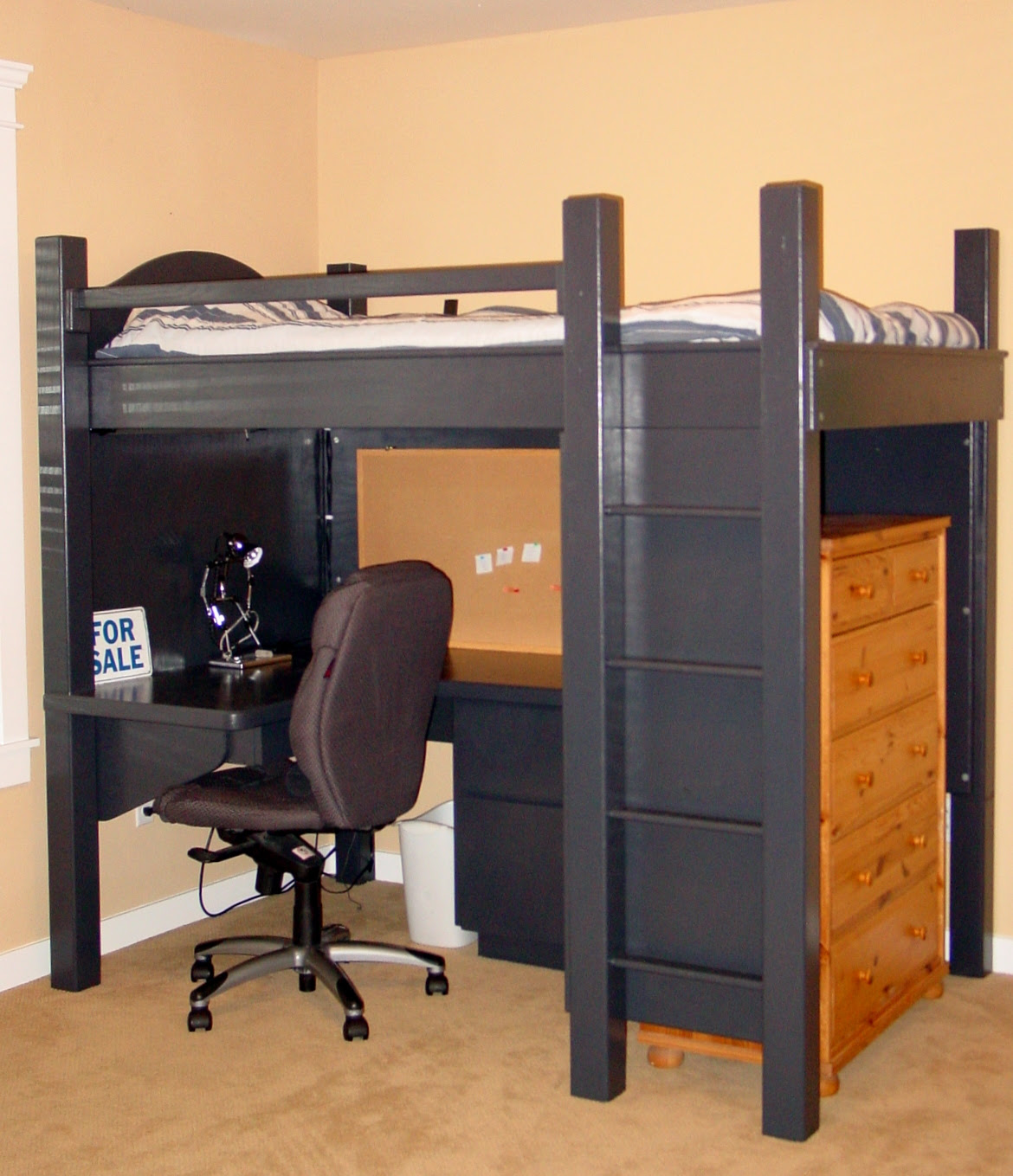 Black Loft Bed with Desk – Style Meets Function  HomesFeed