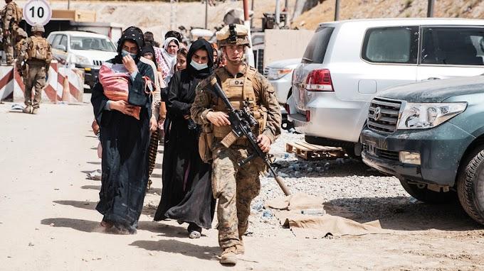 «Запрыгнуть в последний вагон»: почему Лондон намерен сотрудничать с Москвой по афганскому вопросу