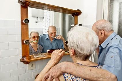 caregiver-brusing-teeth