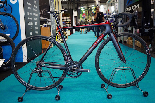 Tifosi unveil 'lightest production bike' in the world, weighing just 4.6kg for a complete build - Cycling Weekly