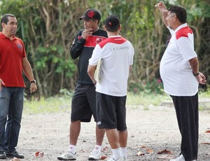 Zinho e Joel durante treino do Flamengo (Foto: Cezar Loureiro / Agencia O Globo)