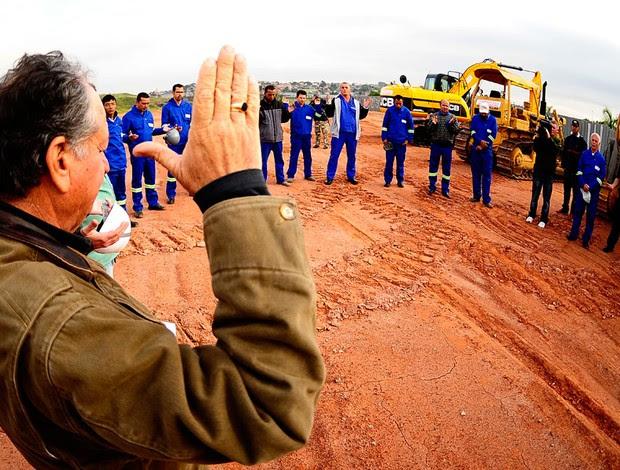 estádio corinthians obras (Foto: Marcos Ribolli/ GLOBOESPORTE.COM)