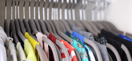 SPRING CLEANING – HOW TO ORGANIZE YOUR CLOSET