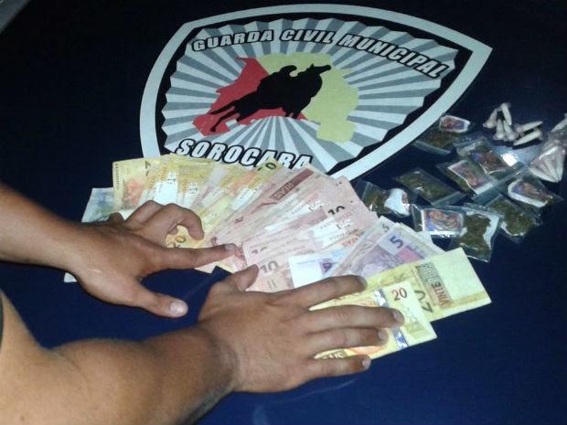 Drogas em embalagem do Chaves foram apreendidas em Sorocaba (Foto: Divulgação/Guarda Civil Municipal de Sorocaba)