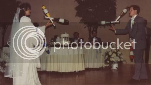 juggling wedding 1