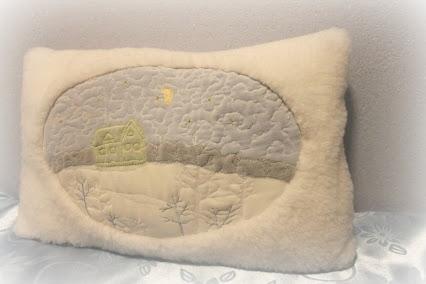 Подушка зимняя и овечки-