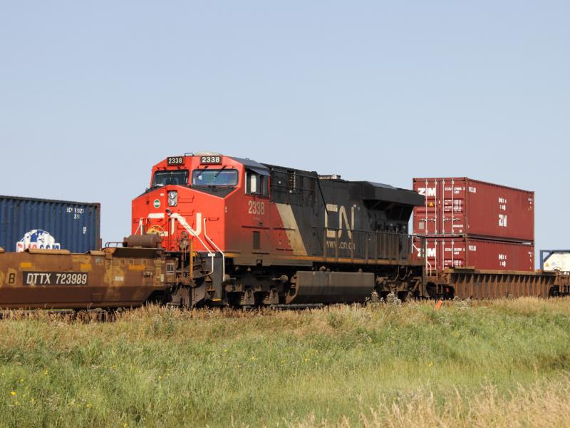 CN 2338 in Winnipeg