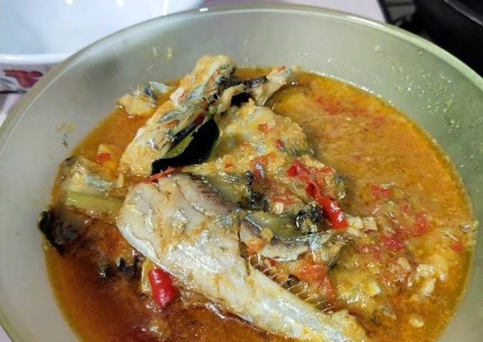 Resep Ikan layur bumbu kuning versi pedass Bikin Nagih