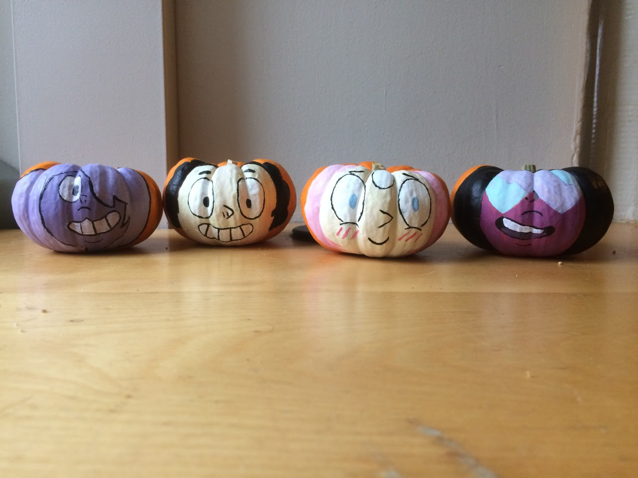Happy Halloween! We made Steven Universe themed mini pumpkins during Art Club!!! It was so much fun!!!