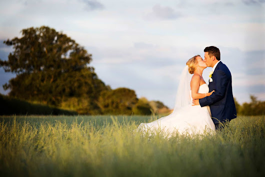 Caswell House wedding photography - Cotswold wedding photographer