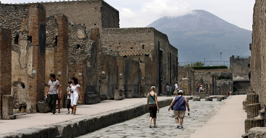 Pompeii's Graffiti and the Ancient Origins of Social Media