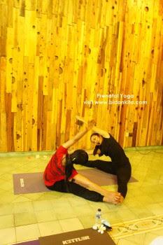Manfaat Yoga selama kehamilan banyak karena yoga sangat terapeutik dan dapat membantu meng Mengapa Yoga adalah Salah satu olahraga Paling Bermanfaat untuk Wanita Hamil