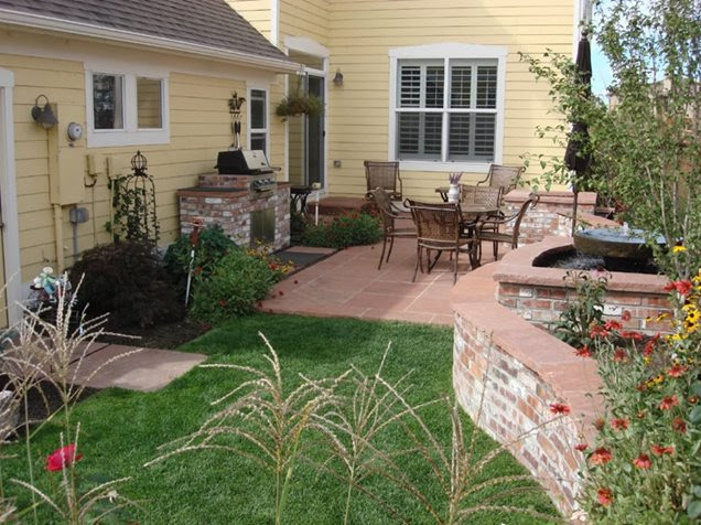 Backyard Landscaping - Lakewood, CO - Photo Gallery - Landscaping ...