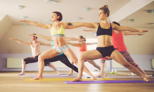 How Hot Yoga Helps with Weight Loss