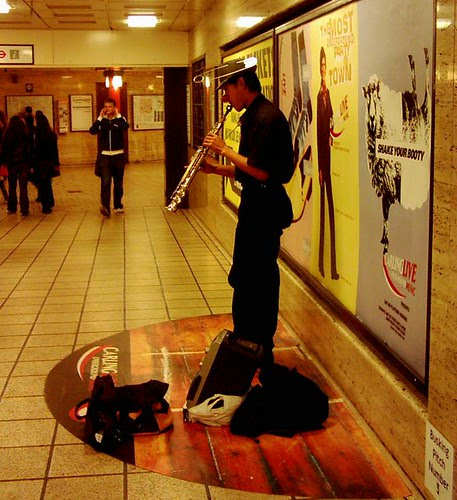 Busker at Piccadilly Circus