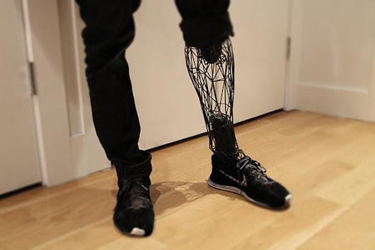 Industrial Designer Creates The 'Exo' 3D Printed Prosthetic Leg with Aesthetics in Mind