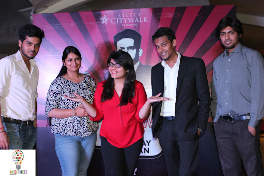 Comedian JayVijay Sachan was happy to be a part of Delhi famous mall Select citywalk's show