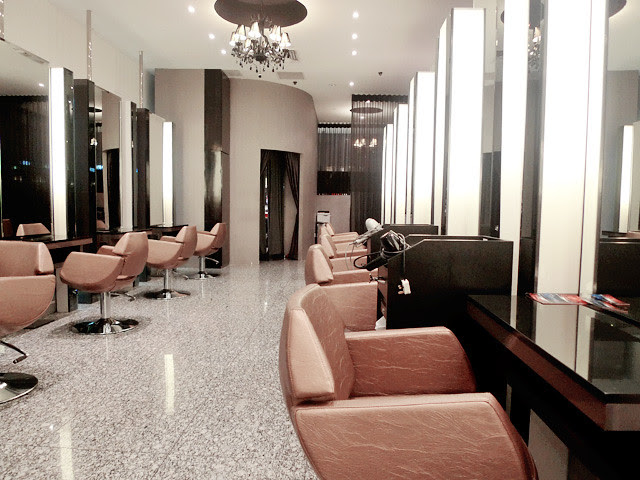 action hair salon paragon