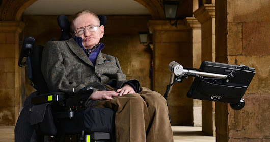 Stephen Hawking Angers Trump Supporters with Baffling Array of Long Words