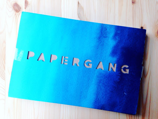 September Papergang stationery subscription box unboxing - Yellow Feather