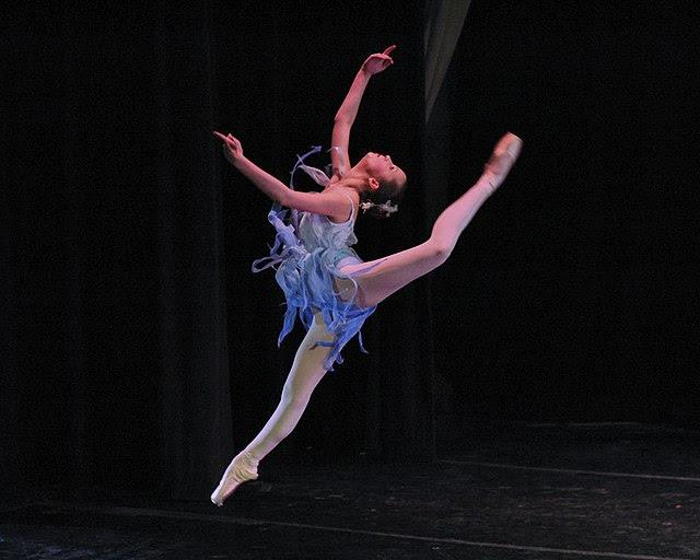 Grace in winter, contemporary ballet