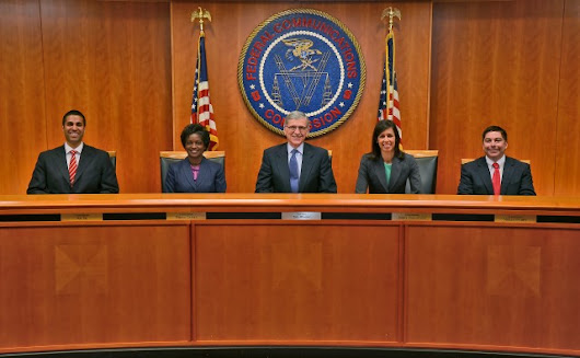 "FCC votes for Internet ""fast lanes,"" but could change its mind later"