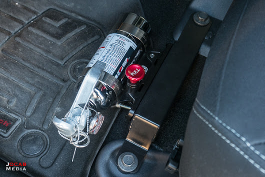 Drake Off Road Fire Extinguisher Mount Setup for 2018 Jeep Wrangler JK / JKU