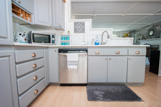 How to Paint Your Kitchen Cabinets the Easy Way - Zillow Digs