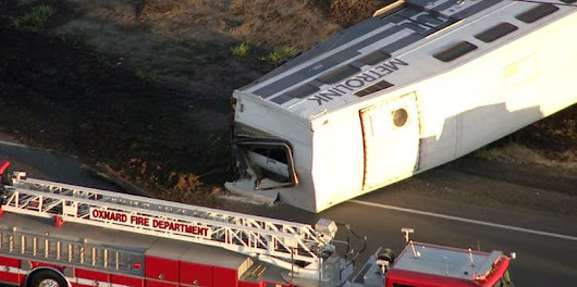 Metrolink train derails in Oxnard; 28 people are injured