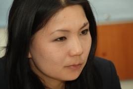 Инга Иманбай, представитель оппозиционной газеты «Саясат алаңы». Алматы, 24 апреля 2014 года.