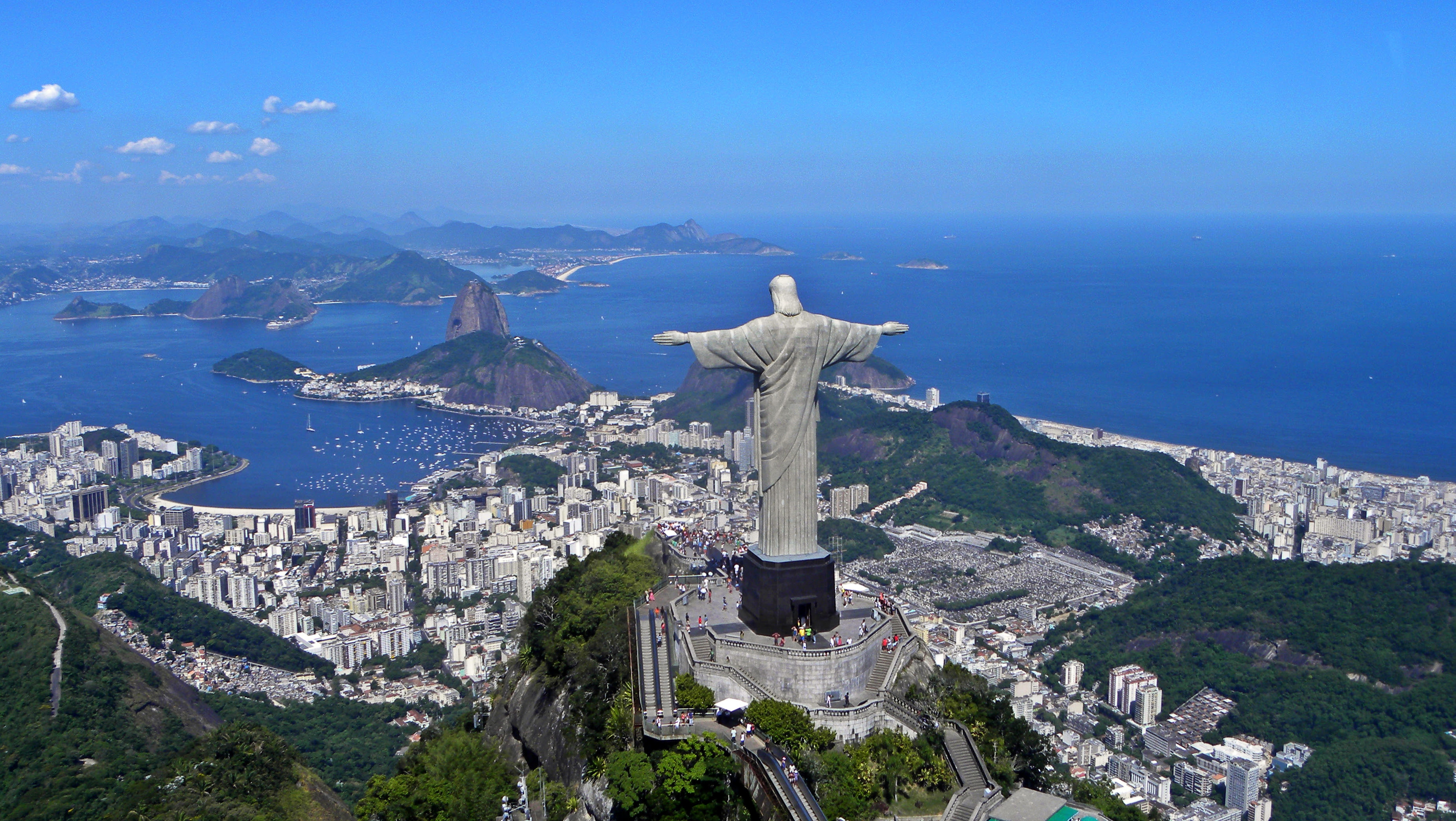 http://upload.wikimedia.org/wikipedia/commons/a/ae/Christ_on_Corcovado_mountain.JPG