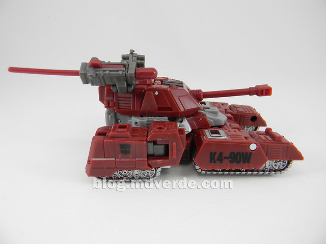 Transformers Warpath Generations Deluxe - modo alterno
