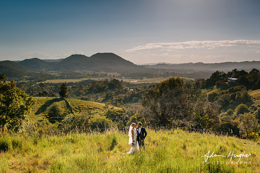 Eliza & Tim | Doonan wedding