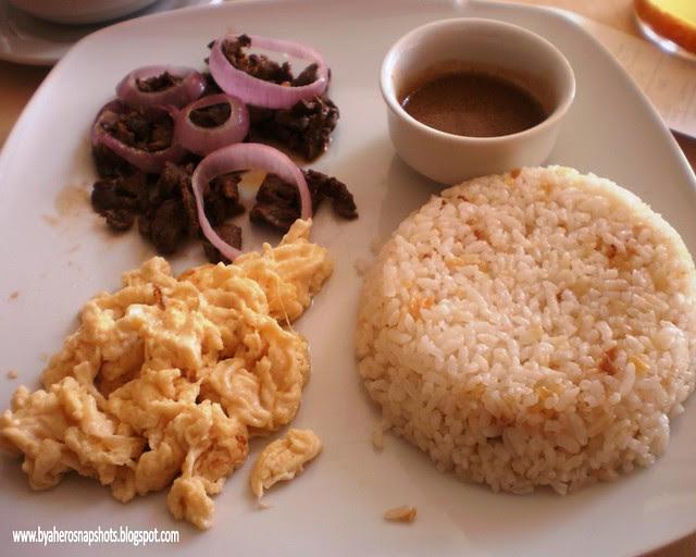 Beefsteak Filipino at Tapa King