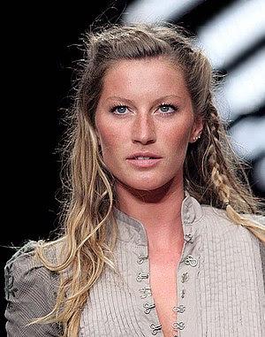 Brazillian model Gisele Bündchen at the Fashio...